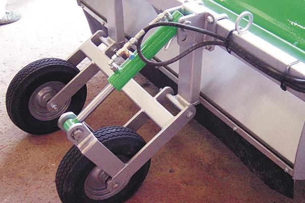 Mise à hauteur hydraulique broyeur agronomic